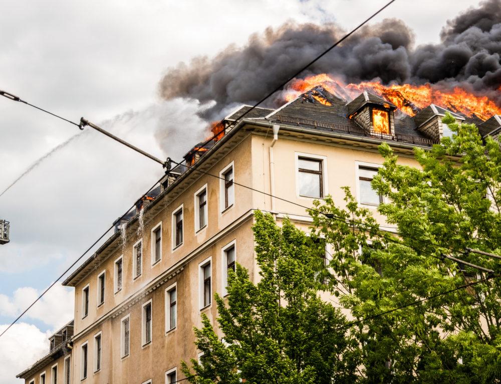 Wohnhausbrand in der Simonstraße in 66424 Homburg Erbach