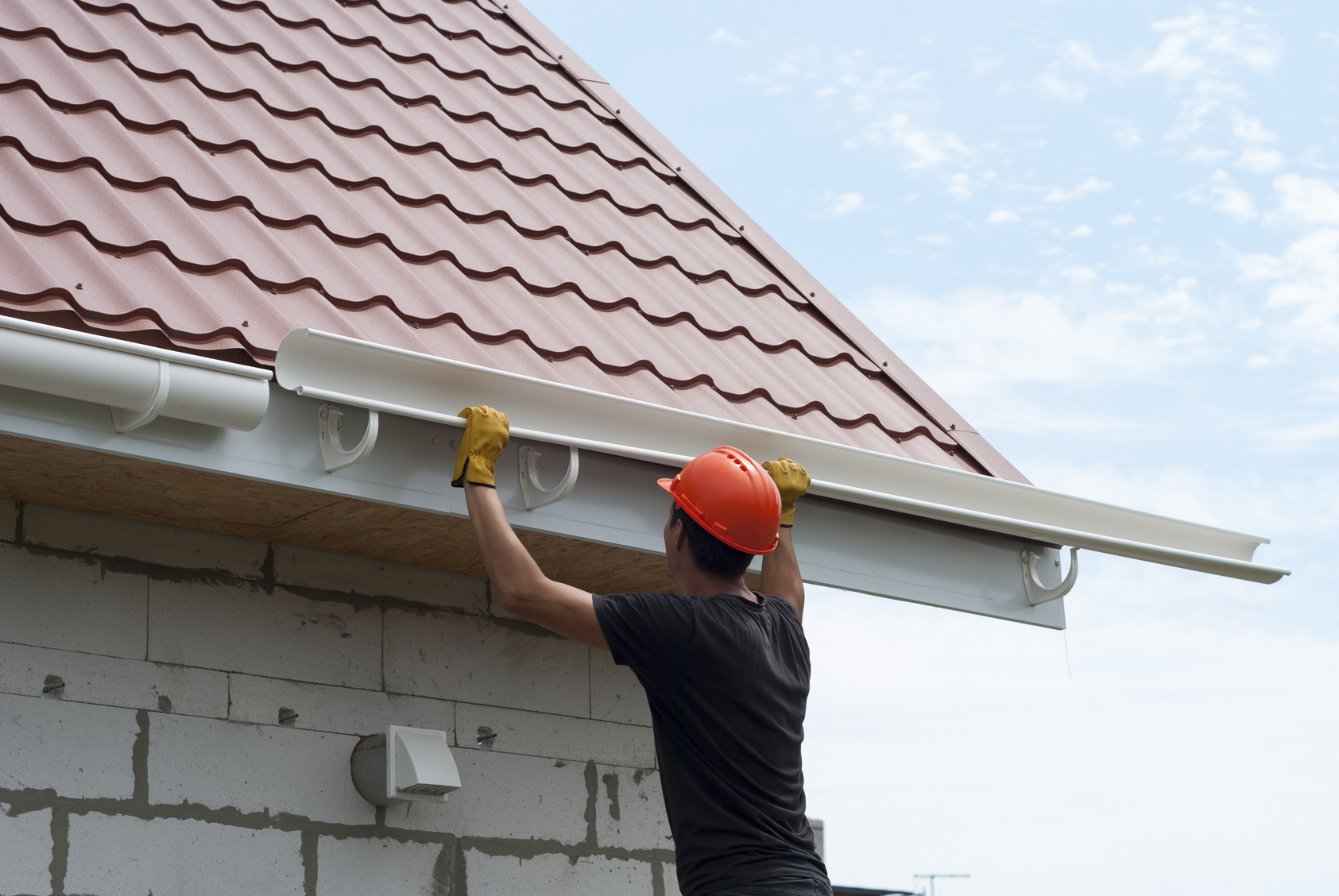 Baltersweiler arbeiten an dachrinne ohne zustimmung des for Pose de chenaux pvc