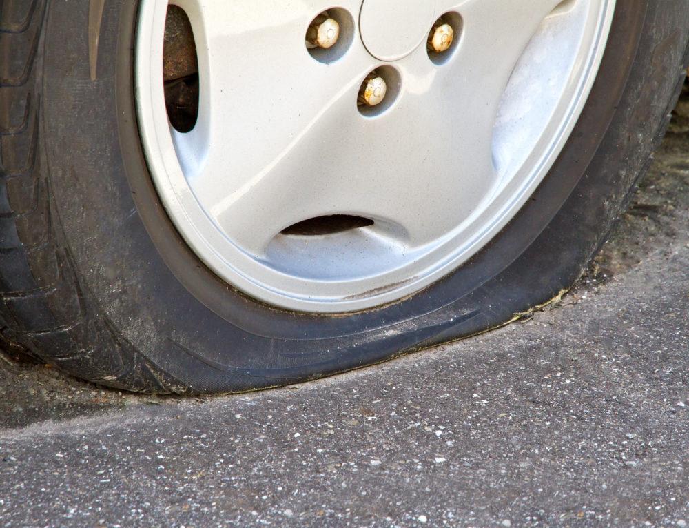Reifen zerstochen