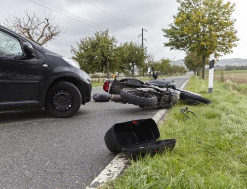 Verkehrsunfall mit leichtverletztem Kradfahrer