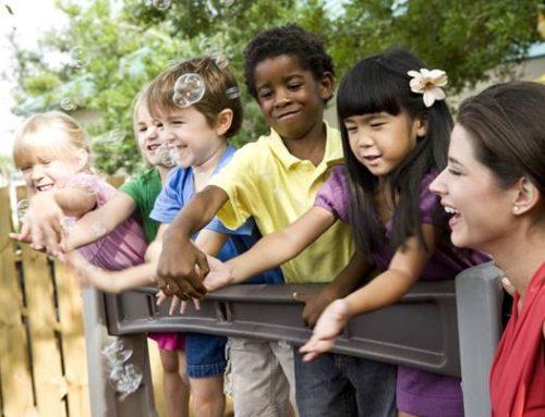 Gelingender Einstieg ins Bildungssystem — Erster Fachtag im Saarpfalz-Kreis setzt sich mit der Integration von zugewanderten Familien mit Kindern im Kindergarten- und Grundschulalter auseinander.